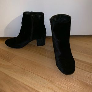 Velour ankle boots